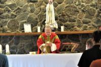 Bishop-James-Johnston-Celebrating-Mass-At-Seminarians'-2021-Lake-Retreat